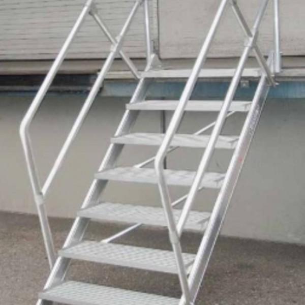 Escaliers alu 45 - 60