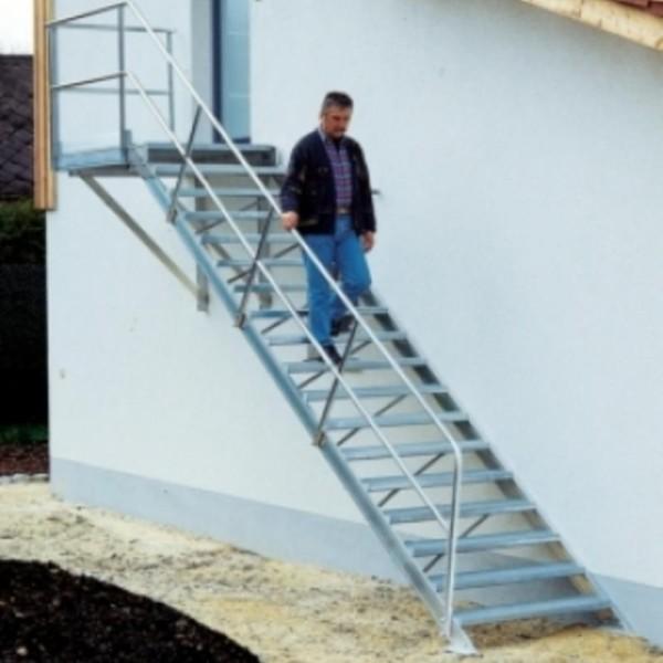 Escaliers avec plateforme
