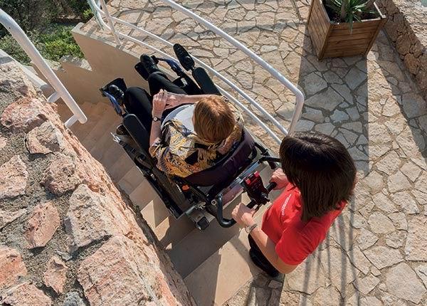 Monte-escaliers mobile à chenilles Domino People