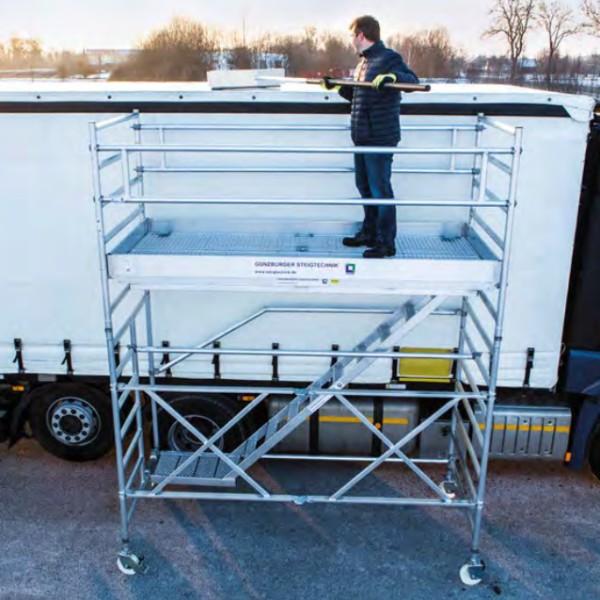 Passerelles mobiles pour toit de camion